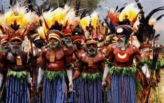Indigeni nella foresta
