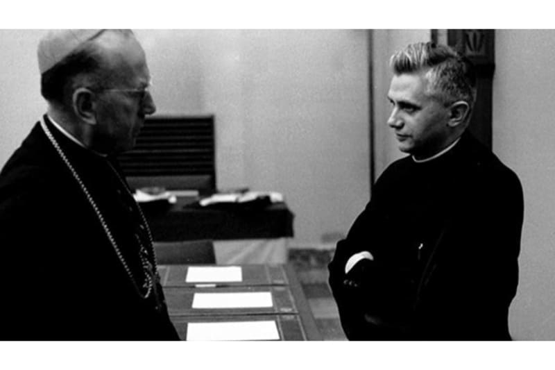 Joseph Ratzinger perito al Concilio Vaticano II 1962 (screenshot via Catholic Herald)