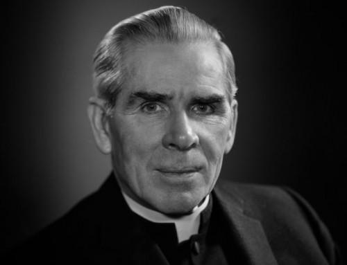 Il vescovo di Rochester ha richiesto il ritardo per la beatificazione di Fulton Sheen
