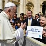 """Card. Turkson: Greta Thunberg è """"grande testimone dell'insegnamento della Chiesa sulla cura dell'ambiente e la cura della persona"""""""