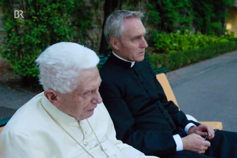 Benedetto XVI e mons. Georg Gänswein