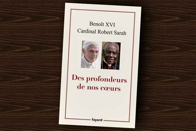 des profondeurs de nos coeurs Libro di Benedetto XVI e card. Sarah