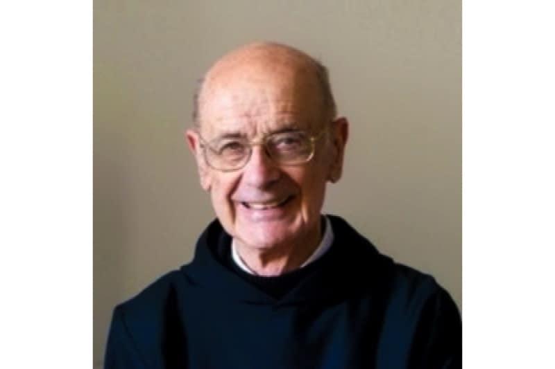 padre Ghislain Lafont, monaco benedettino