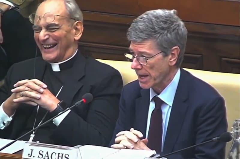Mons. Marcelo Sánchez Sorondo e l'economista Jeffrey Sachs