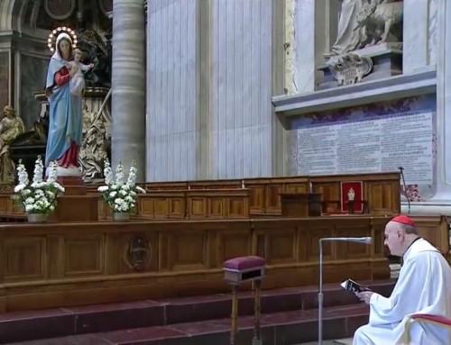 L'Angelus e le litanie lauretane con il cardinale Comastri per chiedere la liberazione dall'epidemia