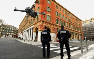 Polizia e droni