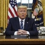 """Trump: """"Alcuni governatori hanno ritenuto essenziali i negozi di liquori e le cliniche per gli aborti"""", ma non le chiese. """"Non è giusto"""". Ora correggo!"""