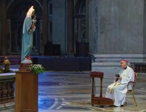 Riprende il Rosario di mezzogiorno recitato dal cardinale Comastri