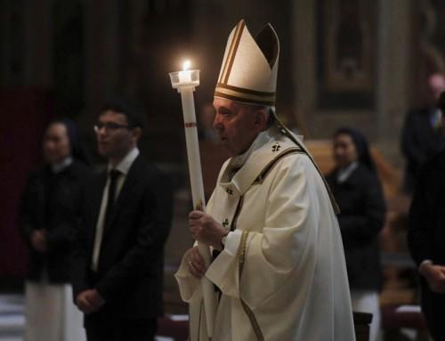 """Papa Francesco: """"'Non abbiate paura, non temete'. Sono le parole che Dio ci ripete nella notte che stiamo attraversando"""""""