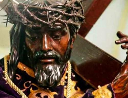 Caracas: La statua di Cristo in processione mercoledì santo sulla papamobile di Papa San Giovanni Paolo II