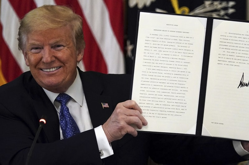 Trump firma ordine di responsabilità contro giganti dei social 28 05 2020