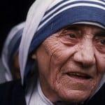 """Santa Teresa di Calcutta: """"Gesù per la preghiera sacrificava anche la carità, per ricordarci che senza Dio siamo troppo poveri per aiutare i poveri"""""""