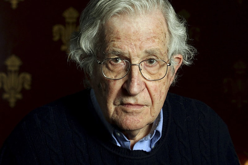 Noam Chomsky, Linguista, scienziato, filosofo