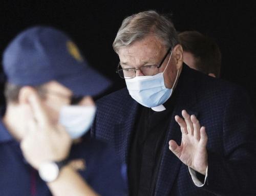 Il cardinale Pell è arrivato a Roma mentre lo scandalo finanziario getta ombre sul Vaticano
