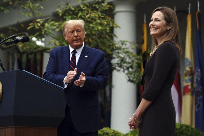 Trump e Amy Coney Barrett
