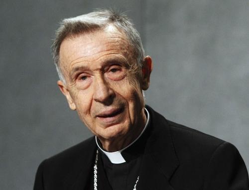 Eucarestia e politici che sostengono l'aborto: La CDF scrive alla Conferenza Episcopale Statunitense