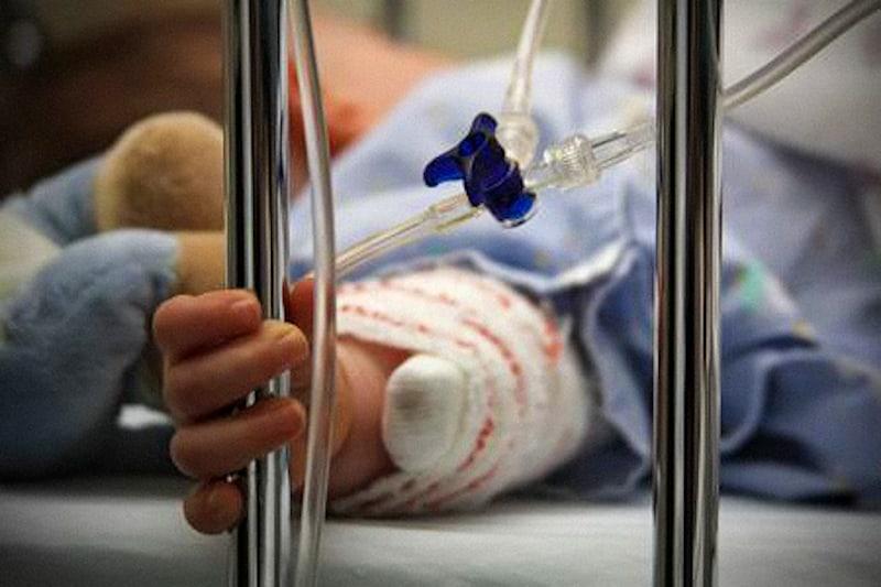 Bambino-in-ospedale