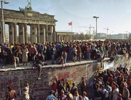 Al di là del Muro: 30 anni dalla Germania unita  e la fratellanza senza confini