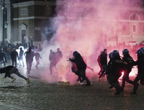 Mentre l'Italia è ripiombata nella pandemia, le piazze vanno a fuoco, l'economia è al collasso, il Parlamento discetta di reato di omofobia.