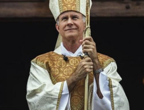 Vescovo degli Stati Uniti considera immorale costringere i cittadini a sottoporsi a un'iniezione sperimentale
