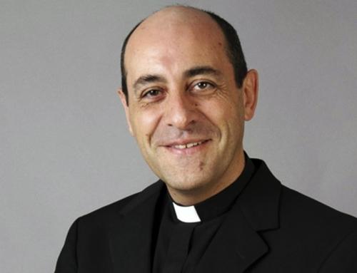 """Arciv. Victor Manuel Fernandez: la frase del papa, """"convivencia civil"""", è sostanzialmente equivalente alla frase """"unione civile""""."""