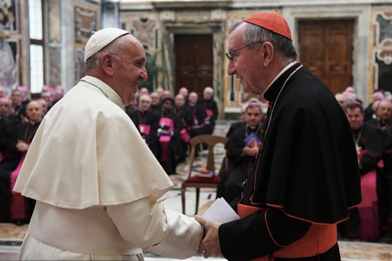 Papa Francesco e il Card. Pietro Parolin, Segretario di Stato Vaticano (PHOTO.VA - OSSERVATORE ROMANO)