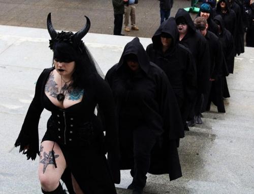 """Tempio Satanico: Il rituale dell'aborto è """"un'esperienza spirituale progettata per infondere fiducia e autostima"""""""