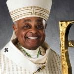 Il prossimo cardinale Gregory ha detto che nella sua diocesi non negherà la Santa Comunione a un politico che si è battuto per l'aborto, cioè a Biden.