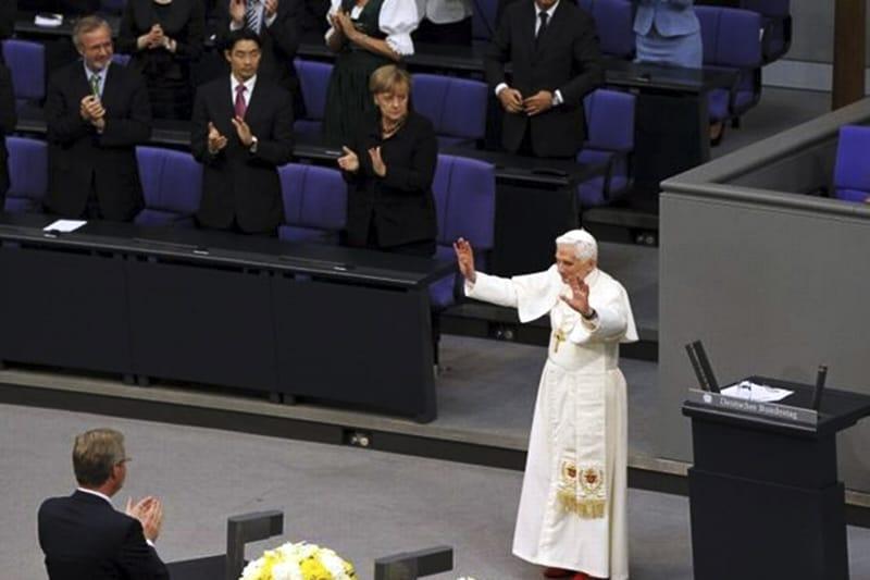 Benedetto XVI al parlamento tedesco del 2011