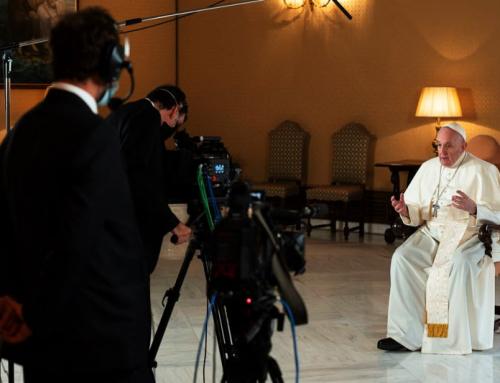 Papa Francesco partecipa alla serie Netflix sulle prospettive degli anziani