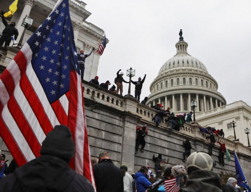 """La """"tragedia"""" delle élite contro il popolo, oltre l'assalto a Capitol Hill"""
