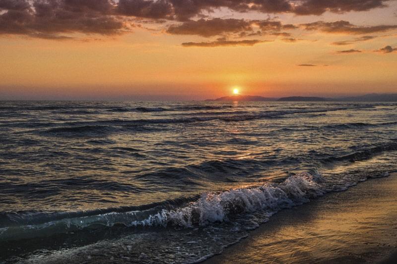 Tramonto sul mare (foto Enrico Franchi)