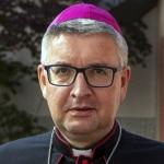 Il vescovo Kohlgraf ha difeso pubblicamente il suo sostegno a un libro di benedizioni e riti per le unioni omosessuali.