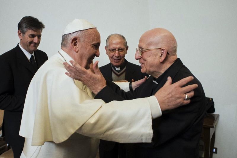 Papa Francesco e il gesuita Padre Bartolomeo Sorge.