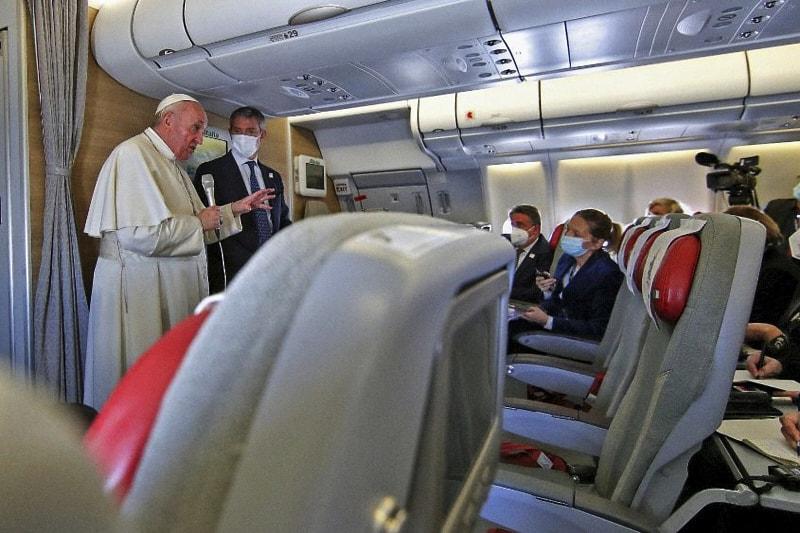 Papa conferenza stampa di ritono viaggio Iraq 08.03.2021