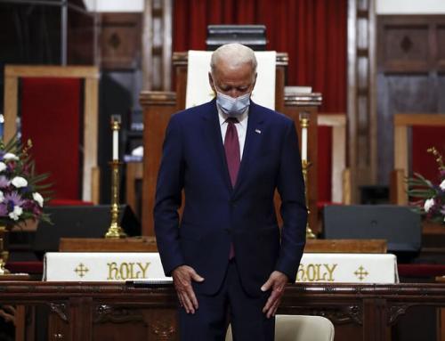 L'Arciv. Naumann, il Pres. Biden e lo scontro in corso sulla Santa Comunione