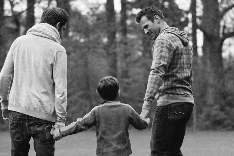 genitori omosessuali con bambino