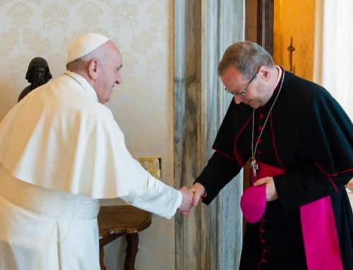 """Papa Francesco ci incoraggia a continuare il """"cammino sinodale"""", dice il leader dei vescovi tedeschi dopo l'udienza"""