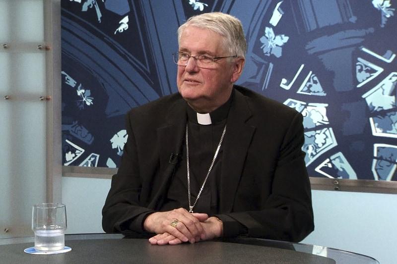 Douglas Crosby vescovo di Hamilton