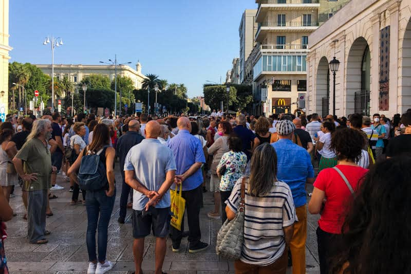 """Manifestazione """"No green pass"""" -Bari- 24 luglio 2021"""
