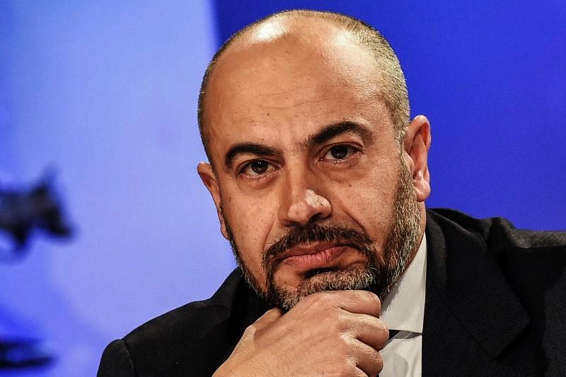 Gianluigi Paragone, politico, conduttore televisivo e giornalista italiano