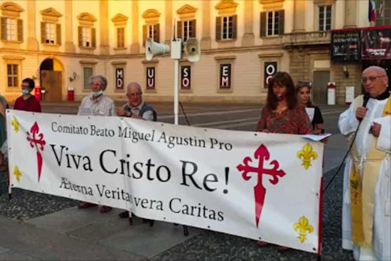preghiera riparazione 27 giugno 2021 - Piazza del Duomo di Milano