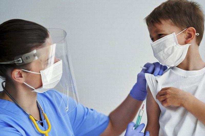 vaccino bambino vaccini
