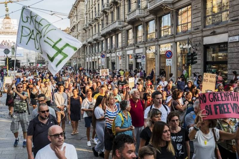 "Milano, manifestazione ""No green pass"""