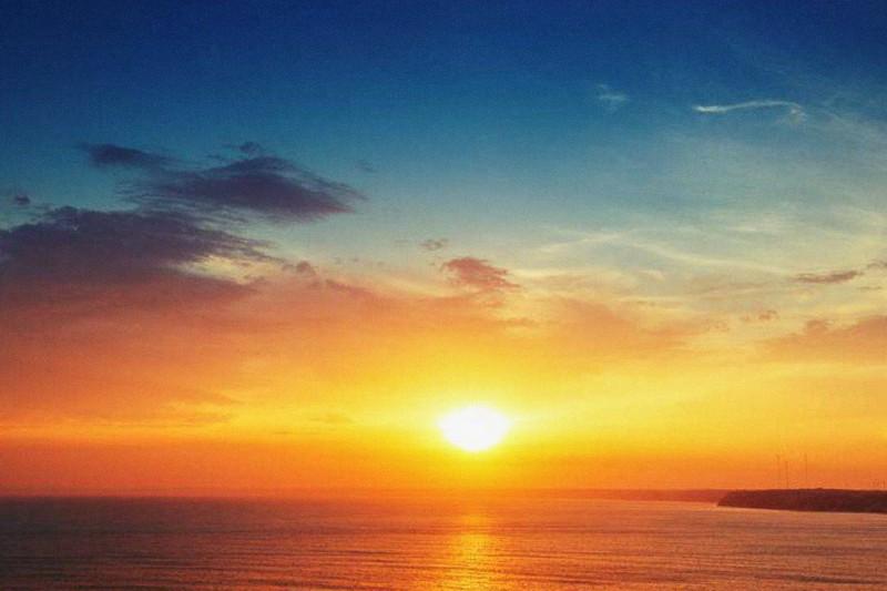tramonto_mare_spiaggia_iStock-1
