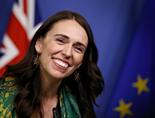 Il primo ministro neozelandese dice che l'obbligo vaccinale è destinato a creare un sistema di due classi di cittadini