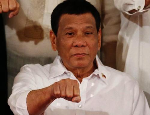 Vaccinateli mentre dormono, dice Duterte di coloro che esitano a farsi iniezioni COVID-19