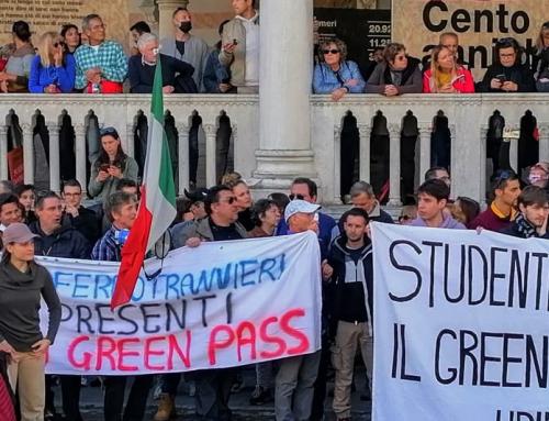 La manifestazione del 15 ottobre a Udine: gli interventi in piazza Libertà